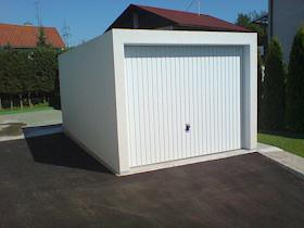 Betonske in kovinske garaže